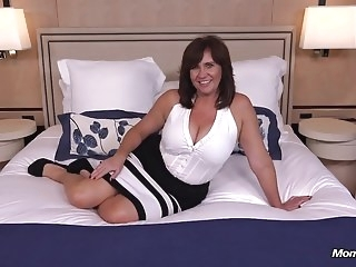 Homemade milf old & young